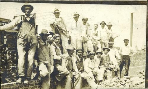 Calgary men 1912
